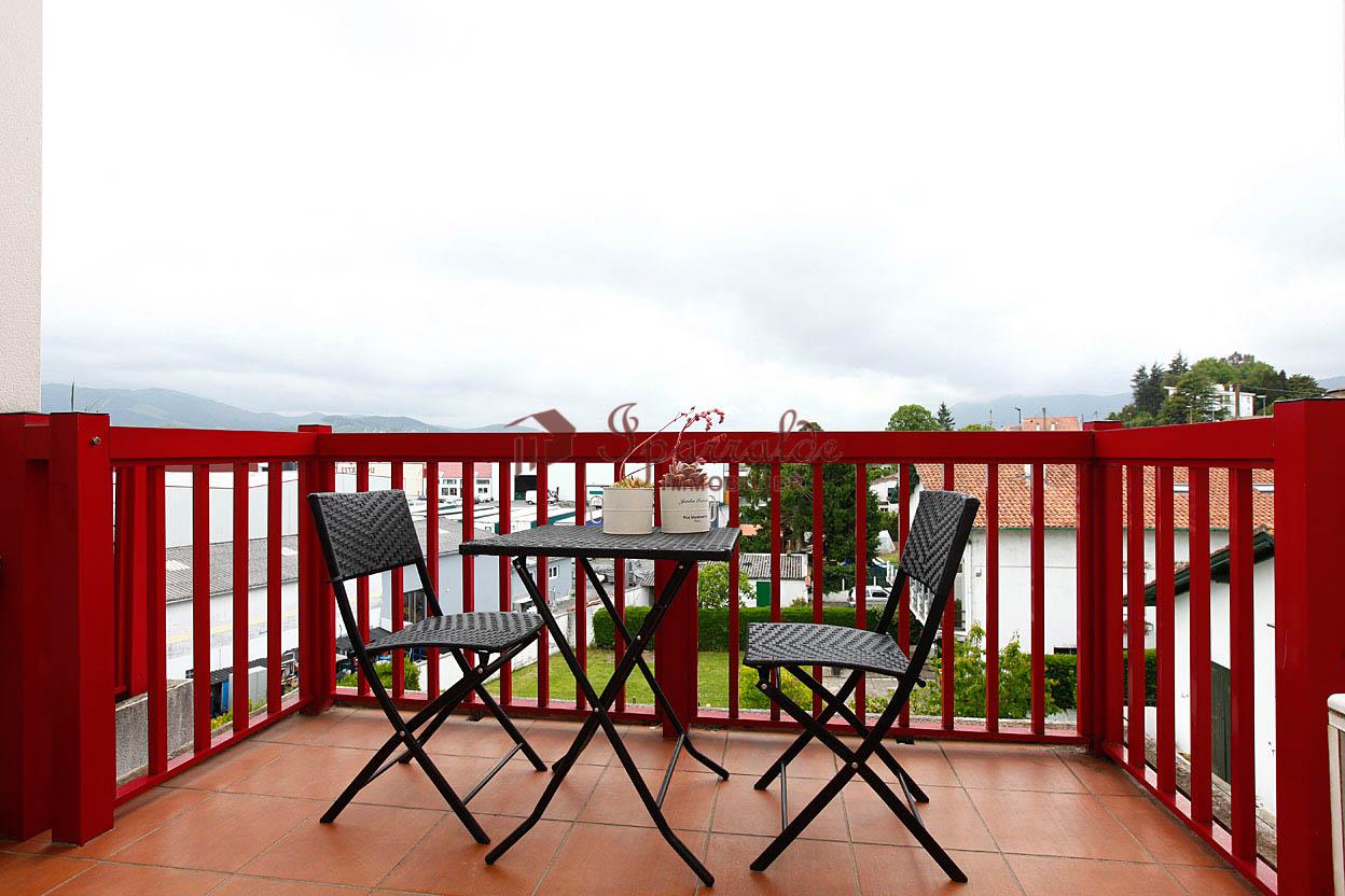 Vente d' appartement à Hendaye, situé proche commerces, T1 BIS de 31 m² idéal pour investissement locatif.
