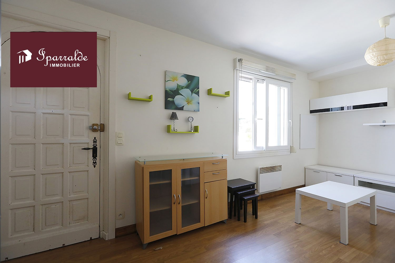 À 5 mns des Plages, Appartement de 31m² à acheter à Hendaye (64)