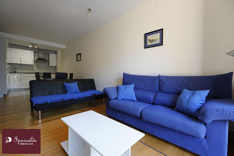 Appartement de standing T3 à vendre à Fontarrabie, village médieval en face d´Hendaye (64)