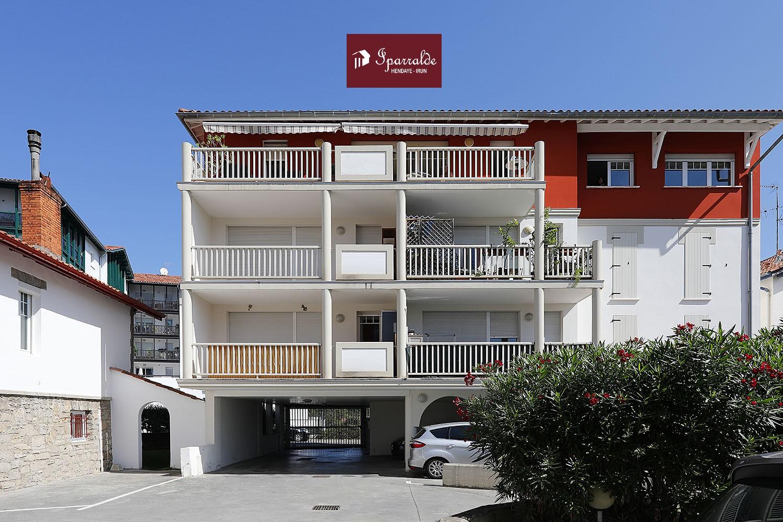 Immobilier à acheter avec cet spacieux appartement T3 ayant une gran...