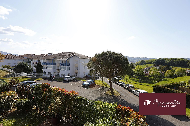 Hendaye(64) : appartement T2  avec belle Terrasse+ Cave+Parking à ac...