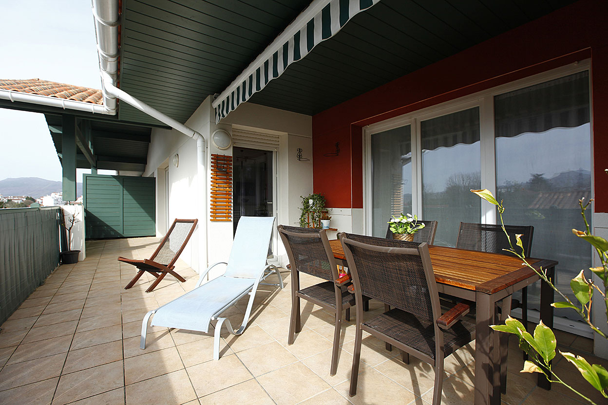 En vente à Hendaye, appartement de type T4 avec 2 places de stationn...