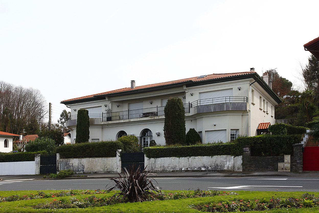En vente emblématique appartement dans un bel immeuble de prestige à deux pas de la Baie de Txingudi.