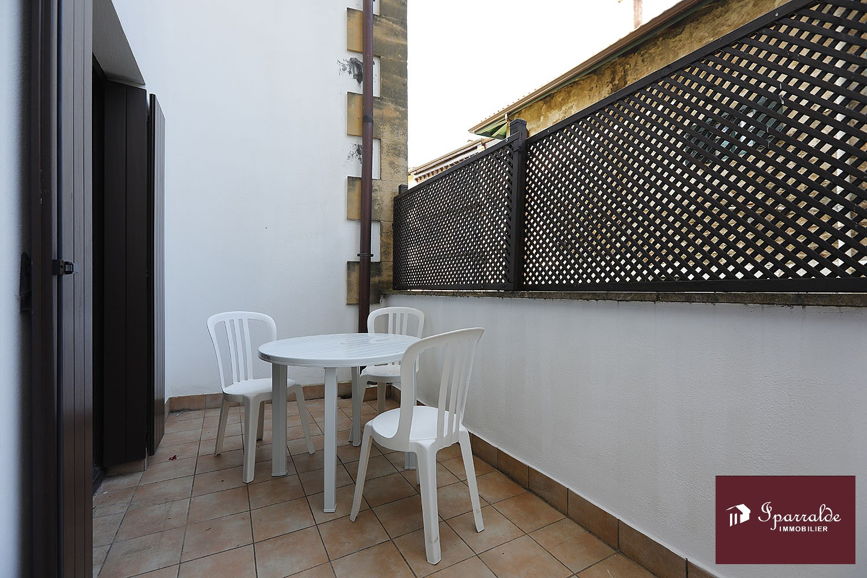 Grand appartement T2 à vendre 285949 € à Fontarrabie, ville médiévale située en face d´Hendaye(64)