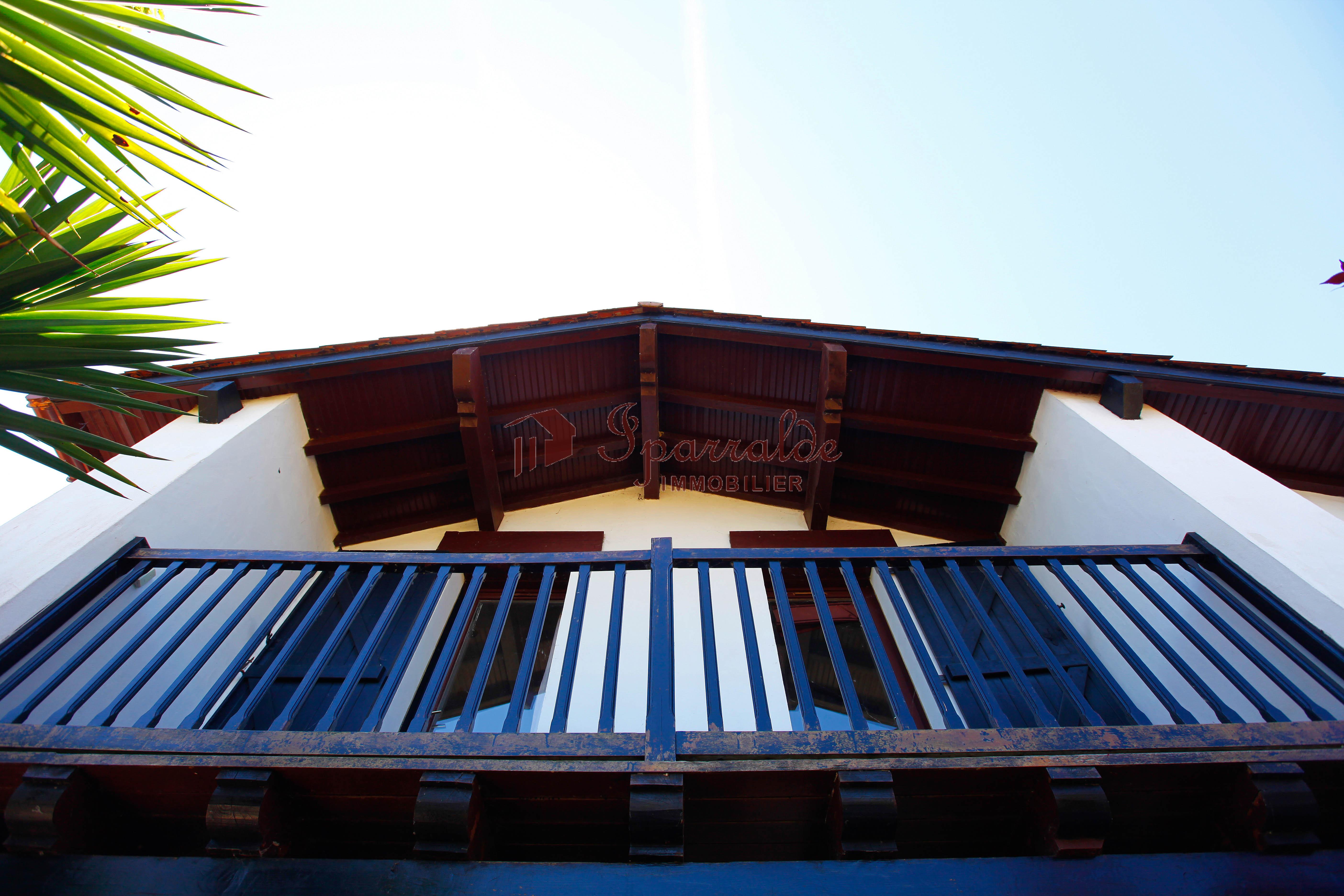 Maison individuelle à 1.3 kilomètres de la plage!
